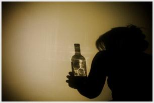 Kodėl reikia vartoti mažiau alkoholio?